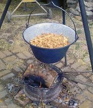 Photo: Smażenie dżemu z jabłek w bograczu 19