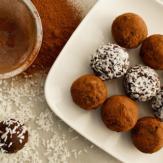 Honey Cocoa Balls with Red Lentils