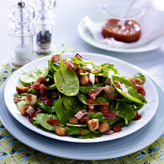 Spinach and Ham Salad with Croutons
