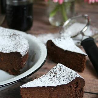 Flourless Chocolate Cake (*Gluten Free)