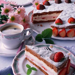 Schoko-Quarktorte mit Erdbeeren