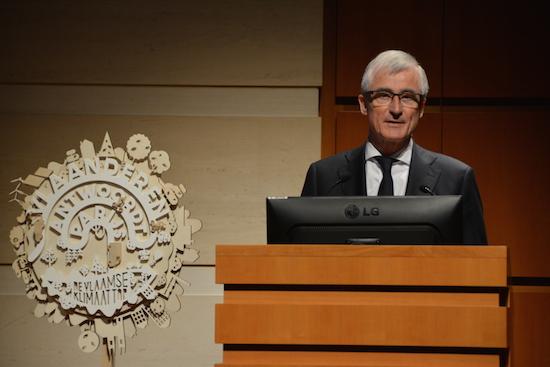 Minister-president Geert Bourgeois tijdens de Vlaamse klimaattop