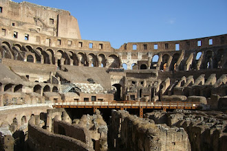 Photo: Inside the amazing Colosseum