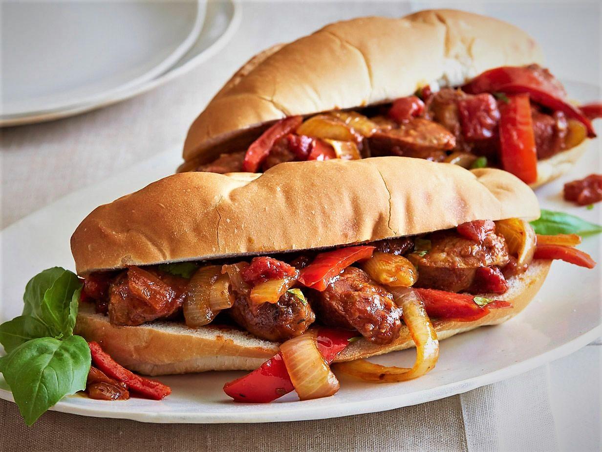 طرز تهیه خوراک سوسیس بندری خوشمزه و بی نظیر برای مجالس