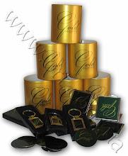 """Photo: Корпоративные сувениры для сети магазинов """"Gold Master"""": металлические значки, брелки, косметические зеркала, чашки"""