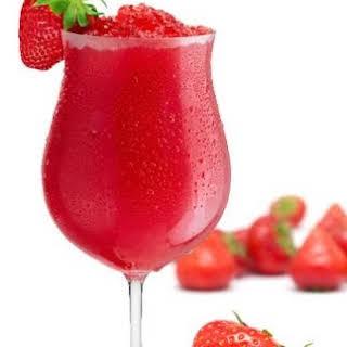 Fresh Strawberry Cocktails Recipes.
