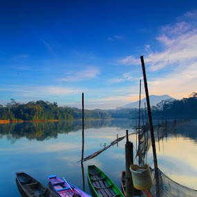 by Wb Wilapa - Landscapes Travel