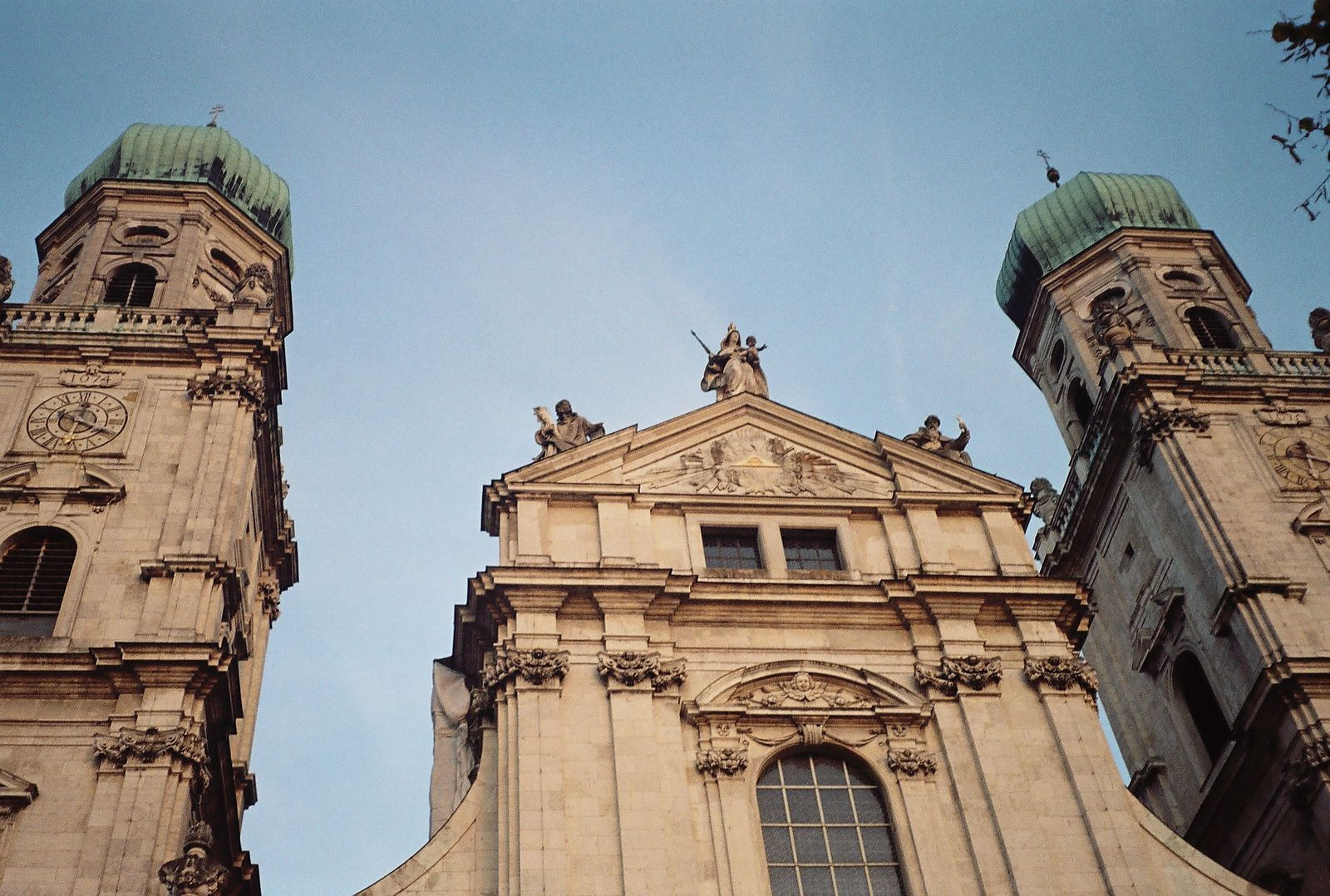 Photo: St. Steven's Cathedral at Passau - With 17974 organ pipes, 233 stops and 4 carillons, the organ in St. Steven's Cathedral is the world's largest cathedral organ.