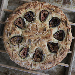 Fig Almond Cake (gluten free and vegan).