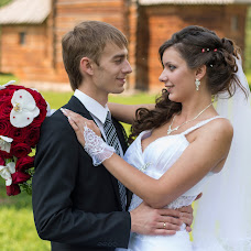 Wedding photographer Anatoliy Zavyalov (zavyalov). Photo of 19.04.2014