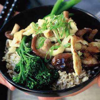 Omelette With Stir-fried Shiitake Mushrooms And Rice (low-fat).