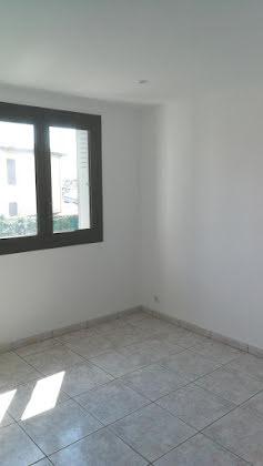 Location appartement 3 pièces 54,27 m2