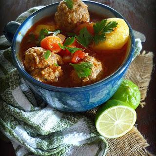 Mexican Meatball Soup – Sopa de Albondigas