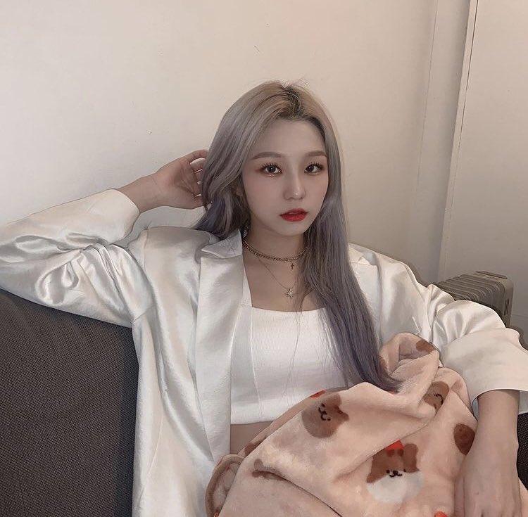 kim you jin onlyoneyoujin ig