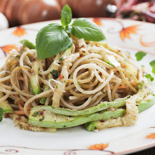 Simple Avocado Chow Mein