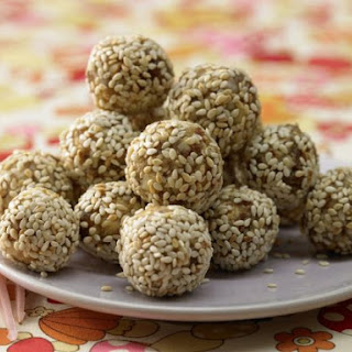 Energy Balls with Dates.