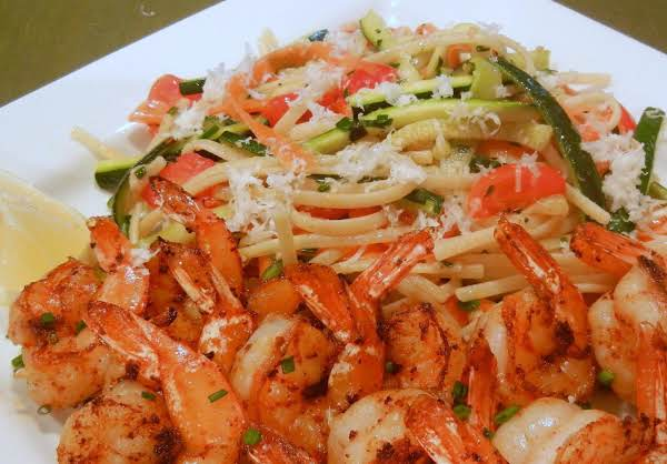 Summertime Lemony Linguine With Zesty Shrimp Recipe