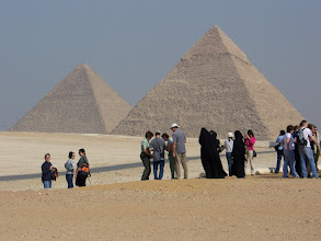 "Photo: ""Oooh, look at the pyramids..."""