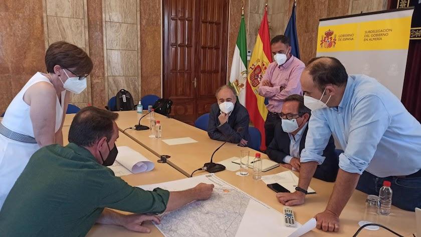 Reunión entre Ayuntamiento de Antas y REE.