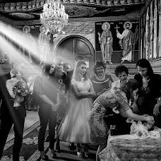 Wedding photographer Adrian Fluture (AdrianFluture). Photo of 15.04.2018