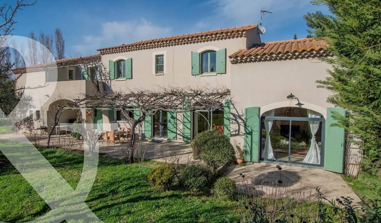House with pool and terrace Saint-Rémy-de-Provence