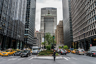 Photo: A shot looking down toward Grand Central on Park Avenue (and 47th)
