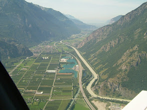 Photo: Approaching Sion; the Alps are nice and the weather is perfect http://www.swiss-flight.net