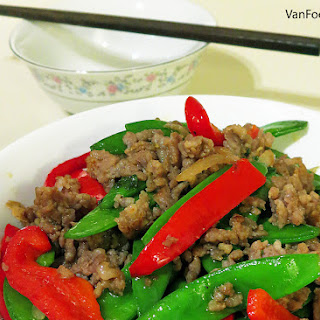 [Recipe] Sausage Meat & Snow Peas Stir-fry