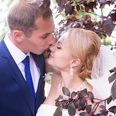 Wedding photographer Natalya Tiunova (NATALITIUNOVA75). Photo of 28.09.2015