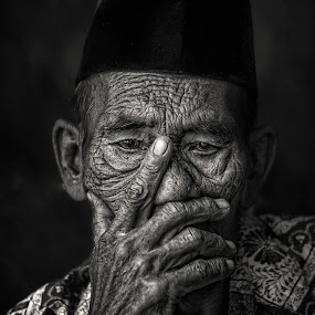 by Annisa Fitriani - Black & White Portraits & People