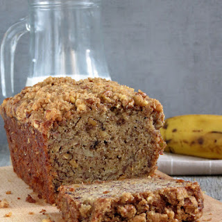 Moist Banana Bread with Crunchy Streusel Topping.