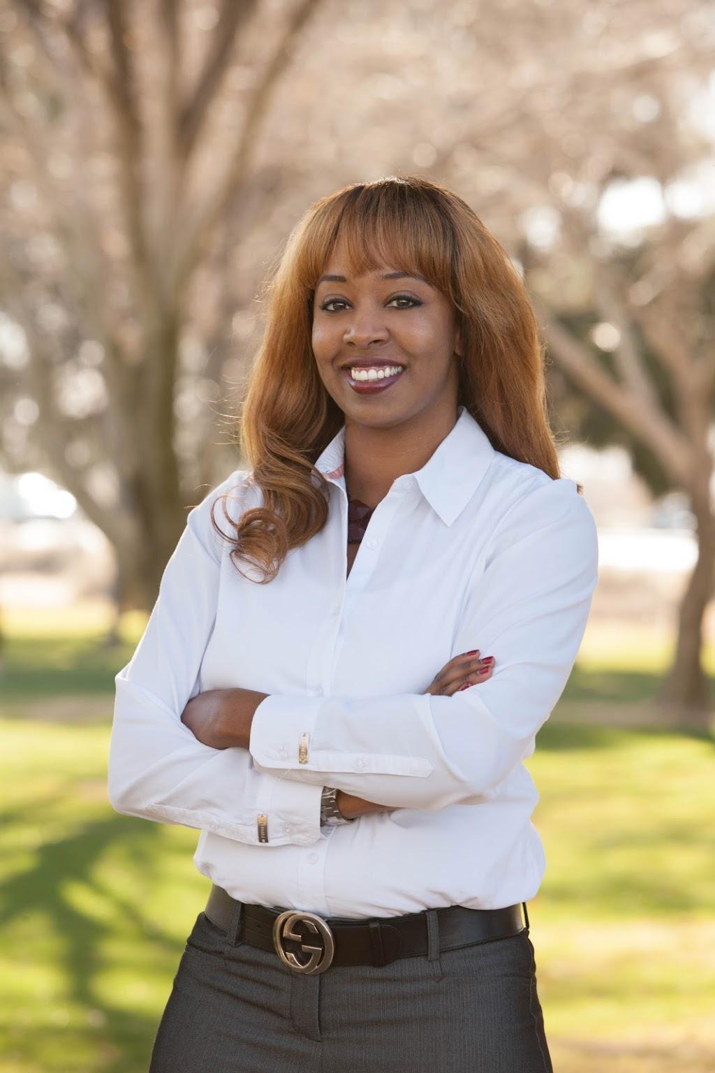 LaKiesha Tomlin Your Engineering Career Coach Expert