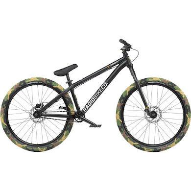 """Radio MY21 Minotaur 26"""" Dirt Jump Bike - 22.6"""" TT"""