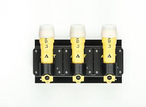 Photo: Typ L-5R Plus pracuje s Li-ion nabíjecími bateriemi.