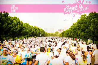 Photo: Sea of Color Runners. Photo courtesy of The Color Run™