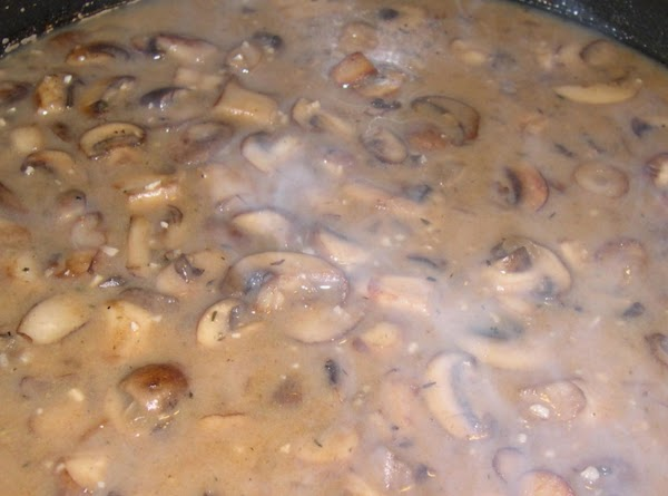 Portabella Mushroom Sauce: Heat a large frying pan. Add olive oil and melt the butter....