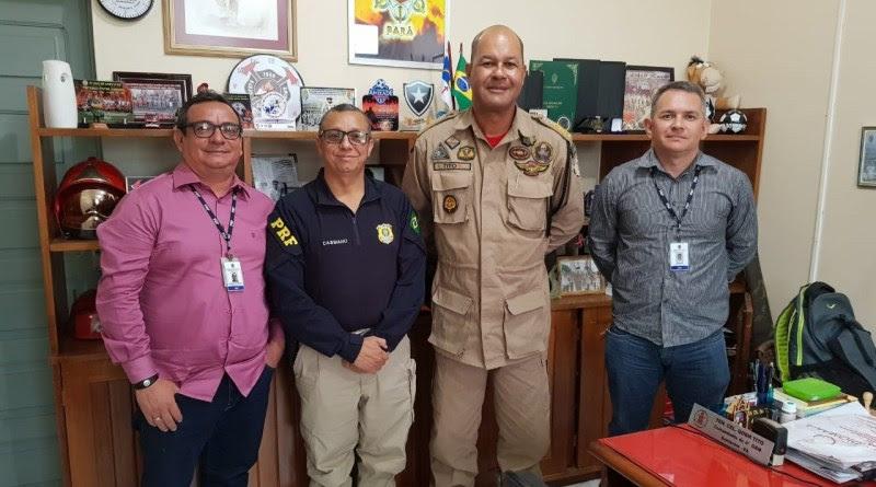 Gestores da PRF reúnem com comandante do 4º Grupamento de Bombeiro Militar
