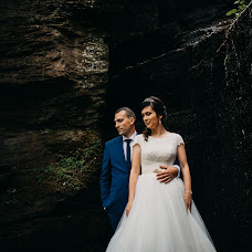 Wedding photographer Csongor Menyhárt (menyhart). Photo of 14.05.2018