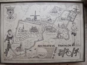 Photo: Herdenkings-bordje eerste triathlon Binnenmaas 1986