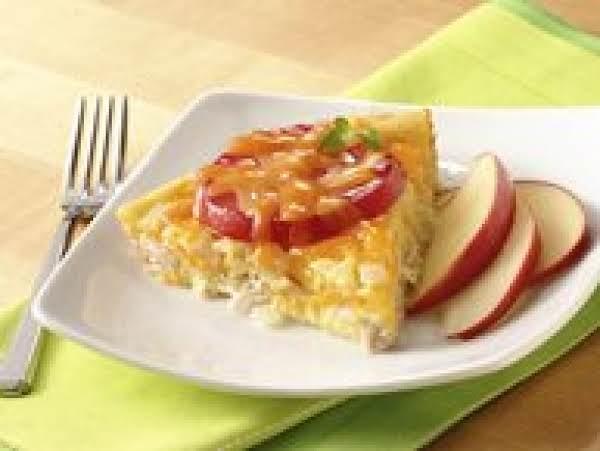 Impossibly Easy Tuna, Tomato And Cheddar Pie Recipe