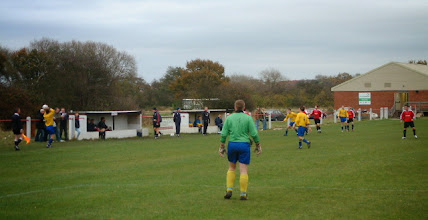 Photo: 10/11/07 v Droitwich Spa (MCFL1) 2-0 - contributed by Martin Wray