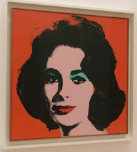 Photo: Liz Taylor..... by Andy Warhol - Exibition American Idols in the Aix Museum