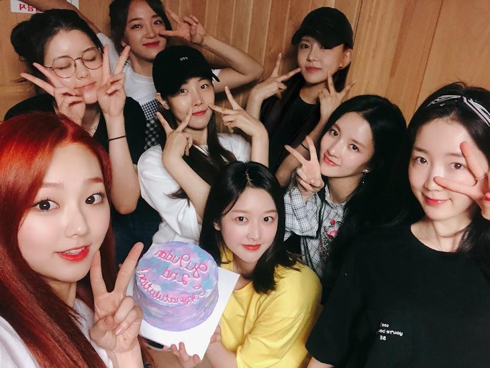 korean music festival 2018 gugudan