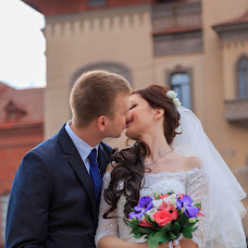 Wedding photographer Ekaterina Pokhodina (Leonsia69). Photo of 17.07.2015