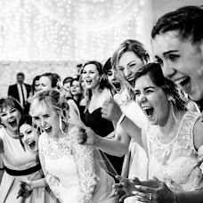 Wedding photographer Marek Kielbusiewicz (MarekKielbusiew). Photo of 20.12.2017