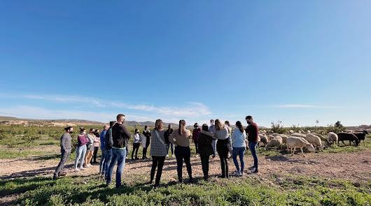 La UAL analizará la biodiversidad de los cultivos ecológicos de Bio Campojoyma