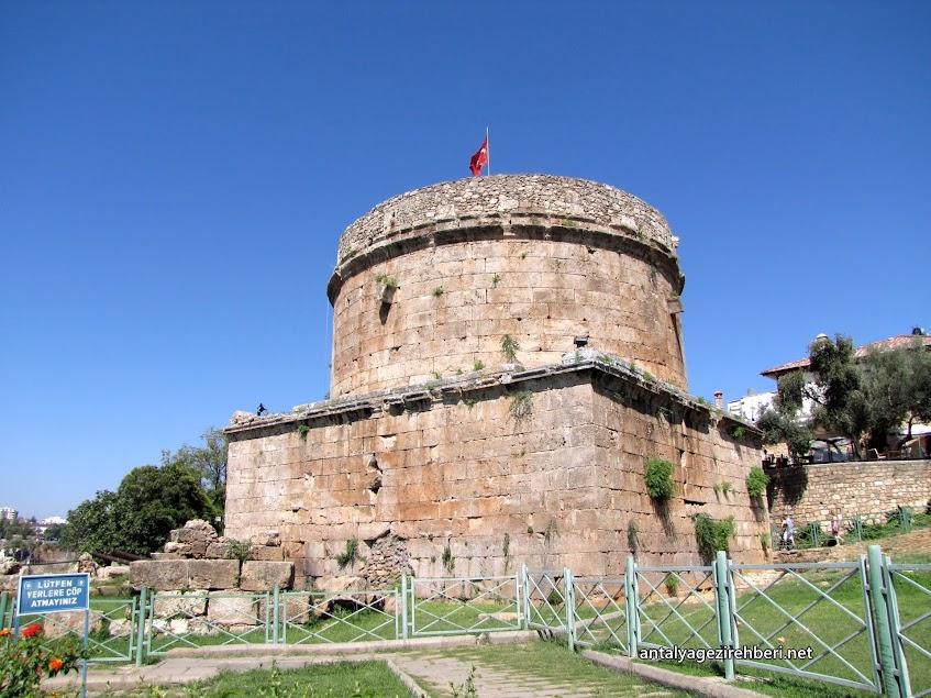 Hıdırlık Kulesi