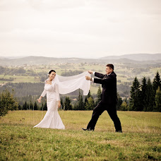 Wedding photographer Adam Pietrusiak (pietrusiak). Photo of 14.02.2014