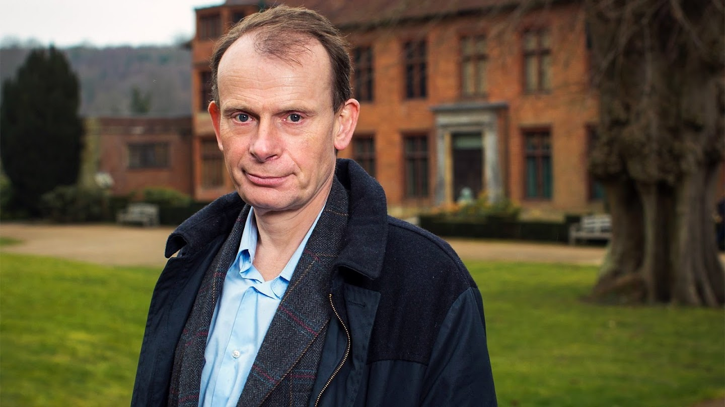 Watch Andrew Marr on Churchill: Blood, Sweat and Oil Paint live