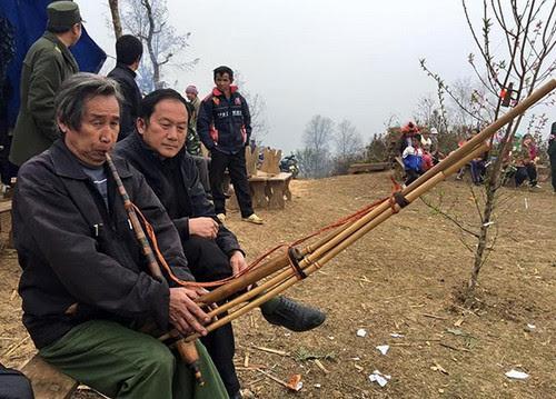Đỉnh Đèo Pha Đin tưng bừng hội xuân của người Mông - 3